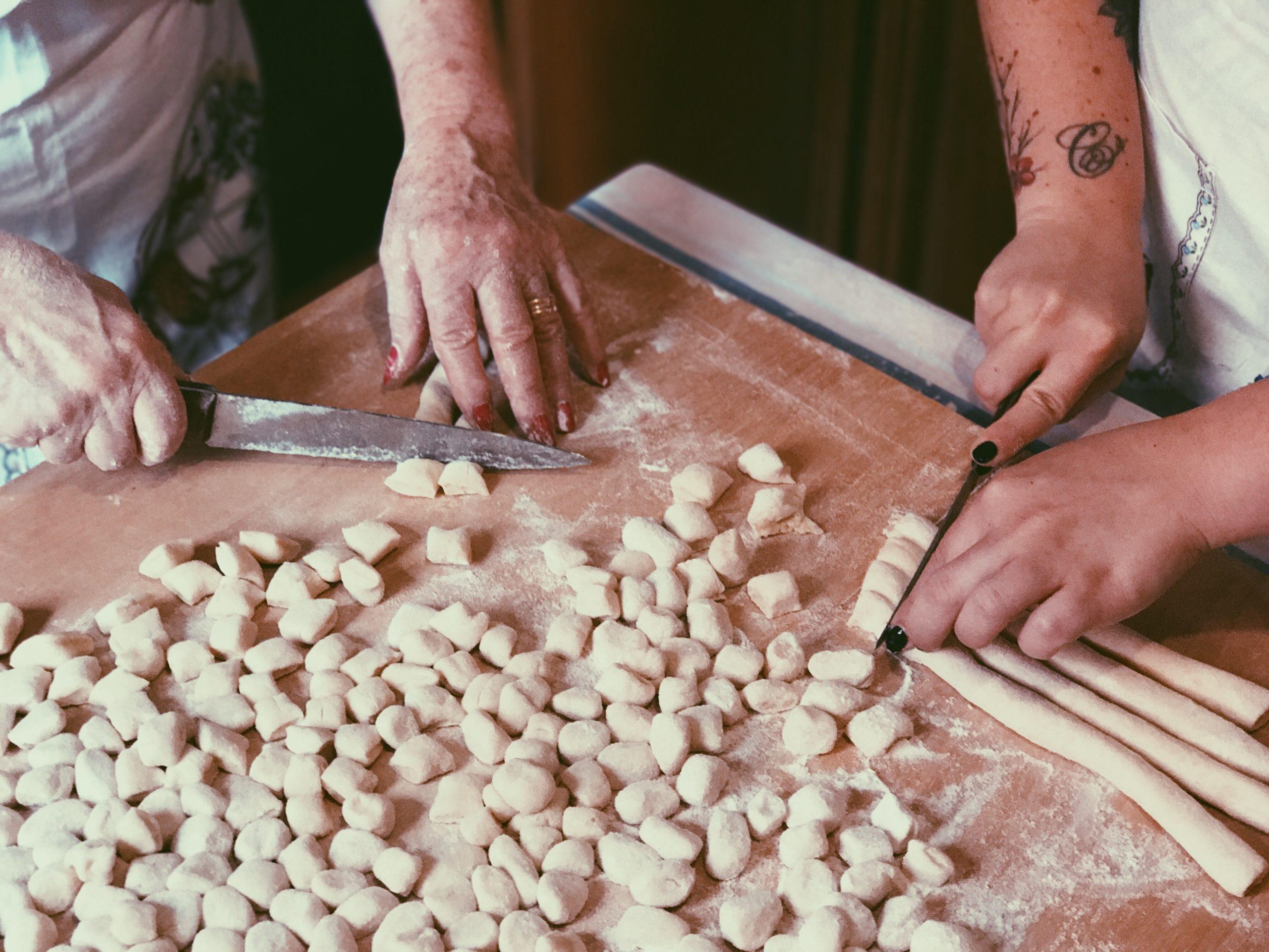 preparare gli gnocchi – tradizione e amore